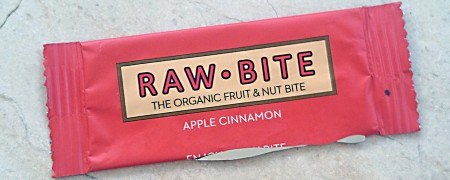 protein-bar-raw-apple-cinnamon