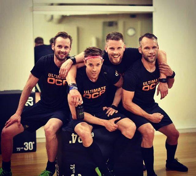 Jag är så jäkla glad över det här teamet, och att vi blir fler!  Nu sitter jag och kollar på en Marathondokumentär och längtar redan tillbaka till @homie.fitness och all träningsglädje de här filurerna ger mig.  Heja @teamultimateocr och alla andra! Nu ger vi oss på säsongen med stormsteg!